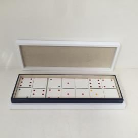 White domino set